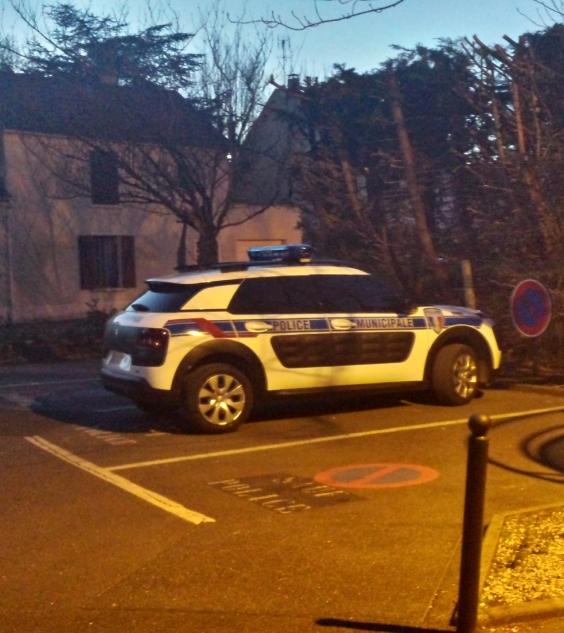 La police municipale roule en Citroën C4 Cactus