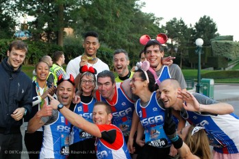 Christophe Lemaitre, Estelle Mossely, Tony Yoka and Melina Robert Michon with Runners during the Half Marathon Run Disney in Marne la Vallee, France on 25th September 2016 ( Photo by Jo / D87Communicatons )